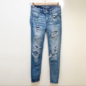 AEO Jegging medium wash jeans distressed 00